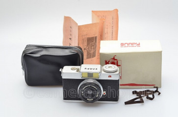rare  SNAPY-A subminiture camera made in Japan Bolta size