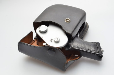 MAMIYA PISTOL with case magazine