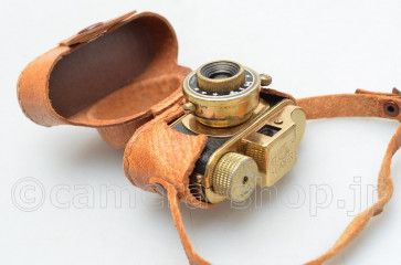 "hit type subminiture camera ""Hit"" original gold finish case"