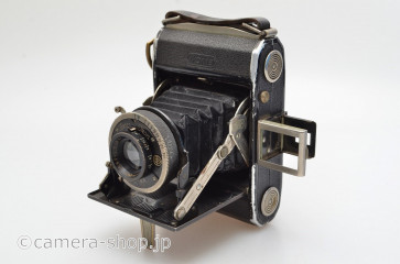ZEISS IKON IKONTA 520 Novar 4.5/75 1934MODEL