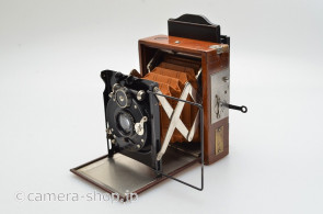 Contessa-Nettel Tropen Sonnet atom size with compound shutter ca.1920